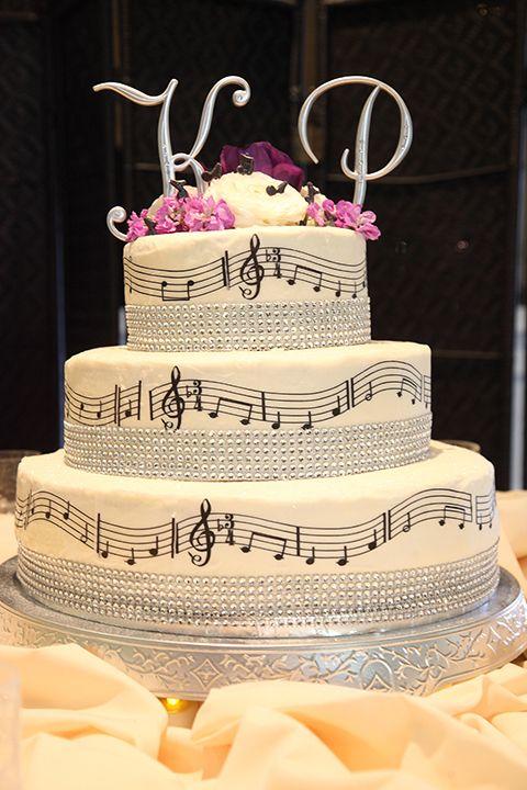 9 Music Theme Round Cakes Photo Music Themed Wedding Cake Wedding