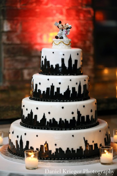 wedding cakes nyc 10 new york city themed engagement cakes photo new york 8906