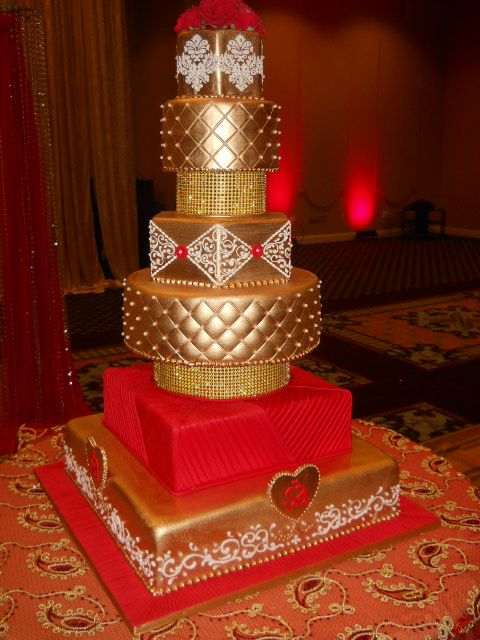11 Red And Gold Cakes Photo - Red and Gold Wedding Cake, Red and ...