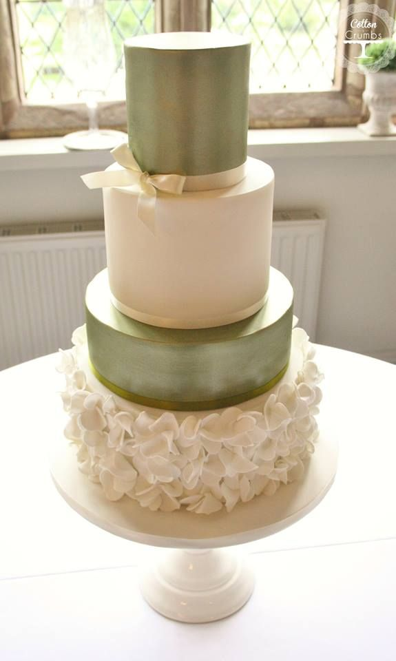 olive green and gold wedding cake 6 olive green ivory wedding cakes photo wedding cakes 17999
