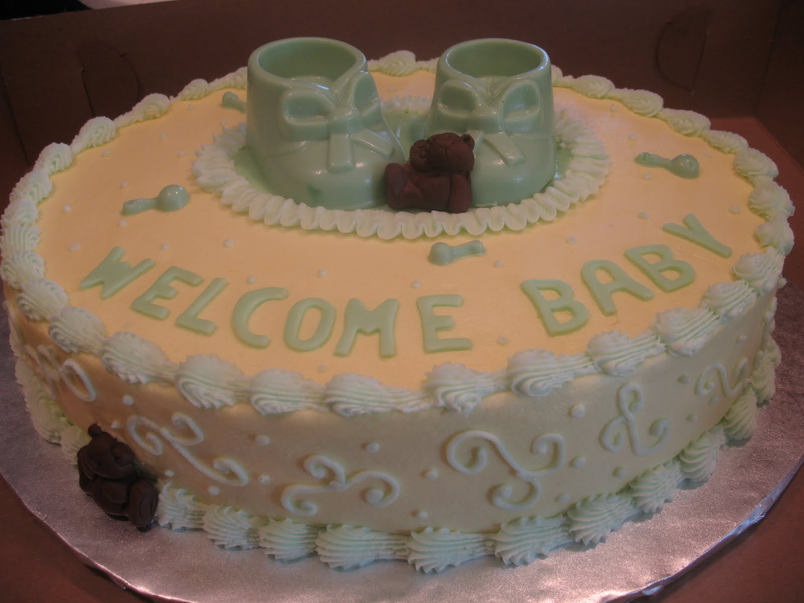 Baby Shower Cakes With Buttercream Icing