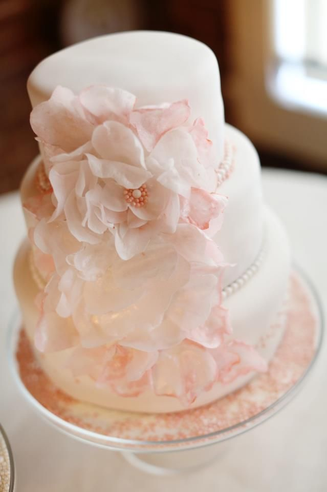 13 edible paper flowers for wedding cakes photo edible wafer paper edible rice paper flowers for wedding cakes mightylinksfo