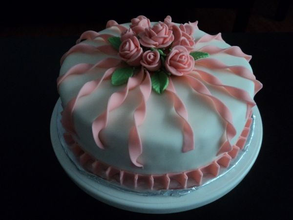 Awe Inspiring 9 Womens Birthday Cakes Photo Elegant Birthday Cakes Women Funny Birthday Cards Online Inifodamsfinfo
