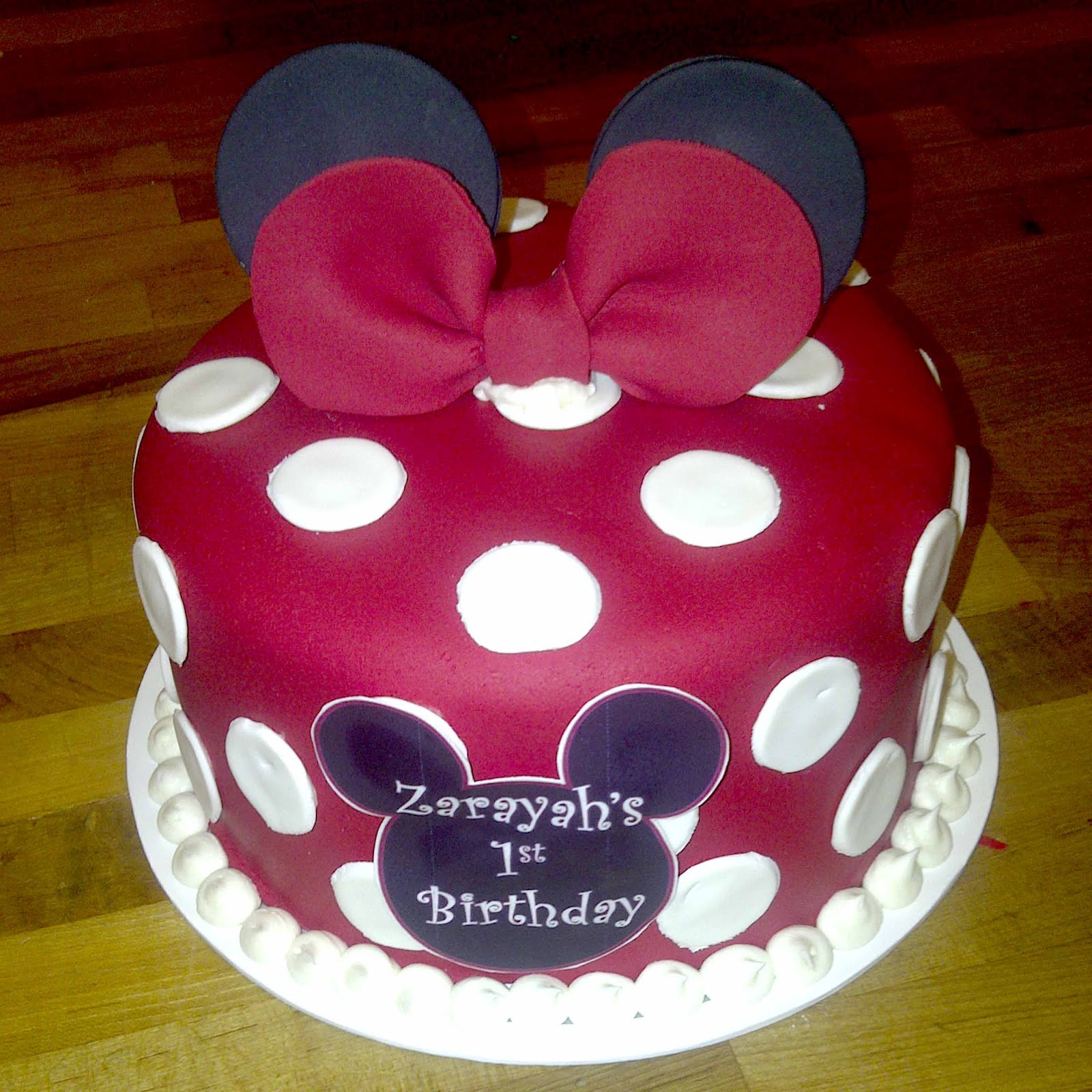 12 Red Minnie Mouse Fondant Cakes Photo Red Minnie Mouse Smash