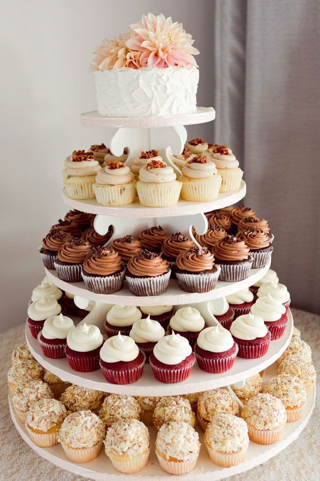 5 Small Cake With Cupcakes Display Ideas Photo Rustic Wedding