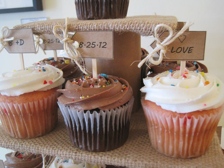 diy rustic wedding shower cupcakes