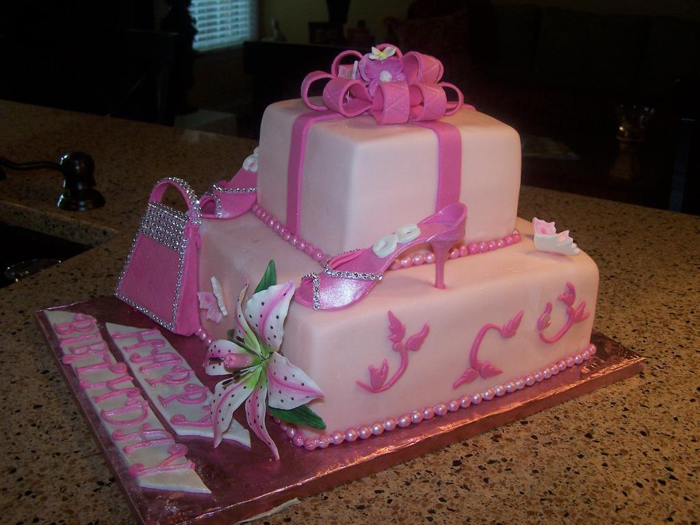 12 Lyss Birthday Cakes For Girls Photo Girls Princess Birthday