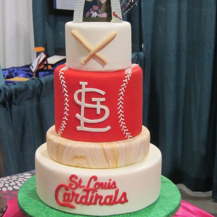 St Louis Cardinals Birthday Cake