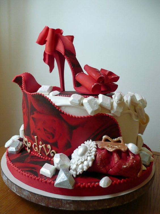 Awesome 6 Queen Diva Birthday Cakes Photo Happy Birthday Shoe Diva Cake Funny Birthday Cards Online Aeocydamsfinfo