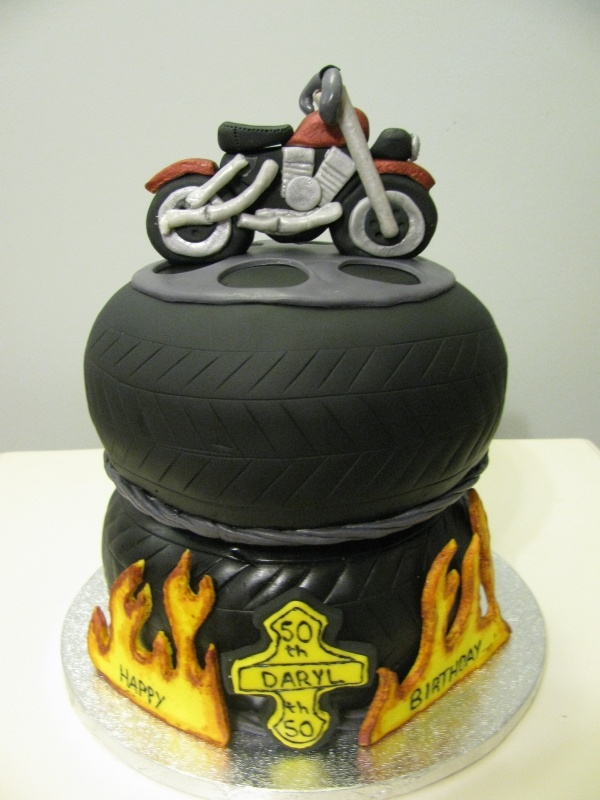 Astounding 8 Chopper Motorcycles Cakes Pic Photo Harley Davidson Motorcycle Funny Birthday Cards Online Alyptdamsfinfo