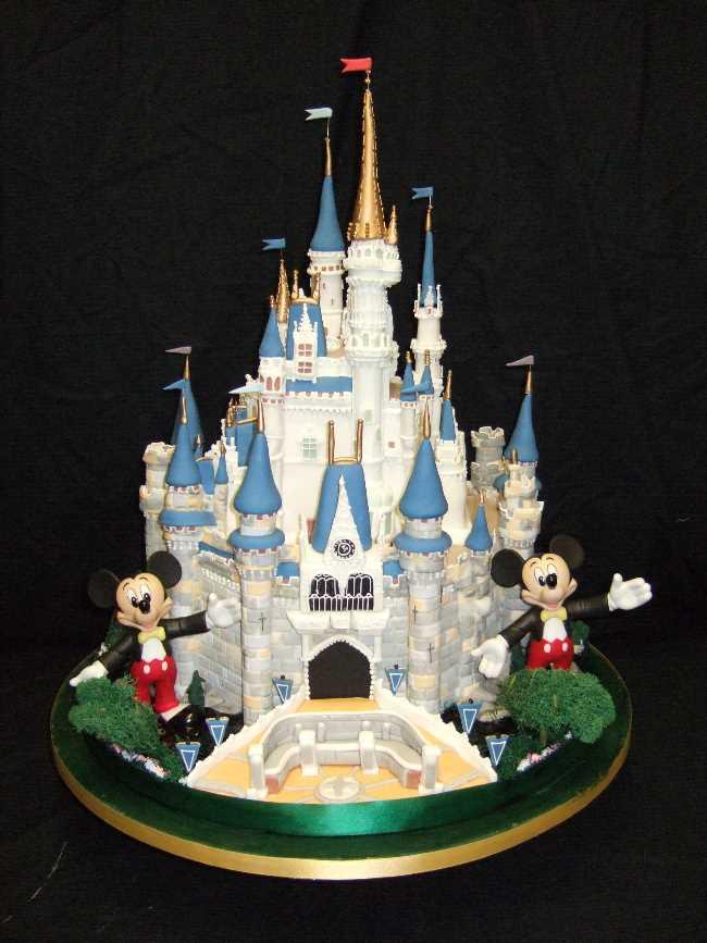 11 Cinderella Castle At Disney Birthday Cupcakes Photo Disney