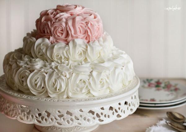 Elegant Rose Birthday Cakes for Women