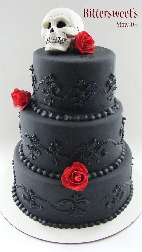 8 Black Gothic Birthday Cakes With Roses Photo Black And Gold