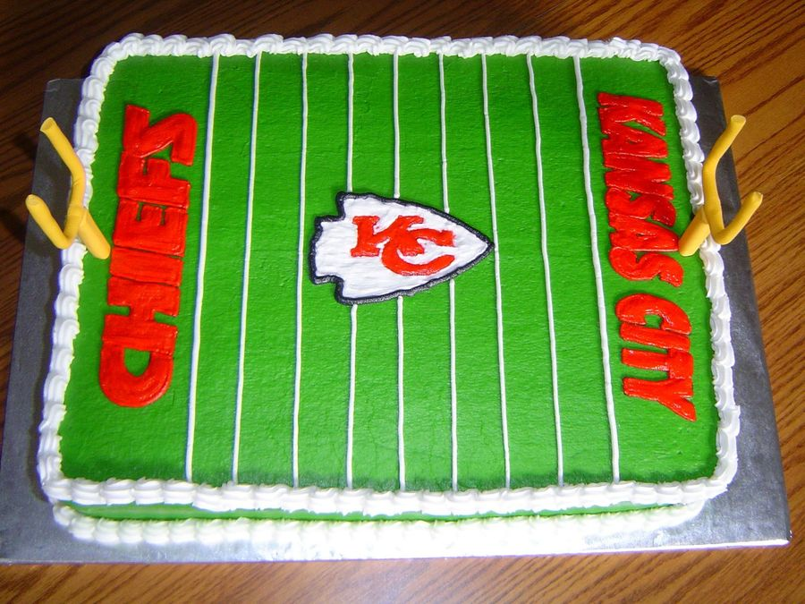 10 Kansas City Chiefs Footballs On It With Real Cakes Photo