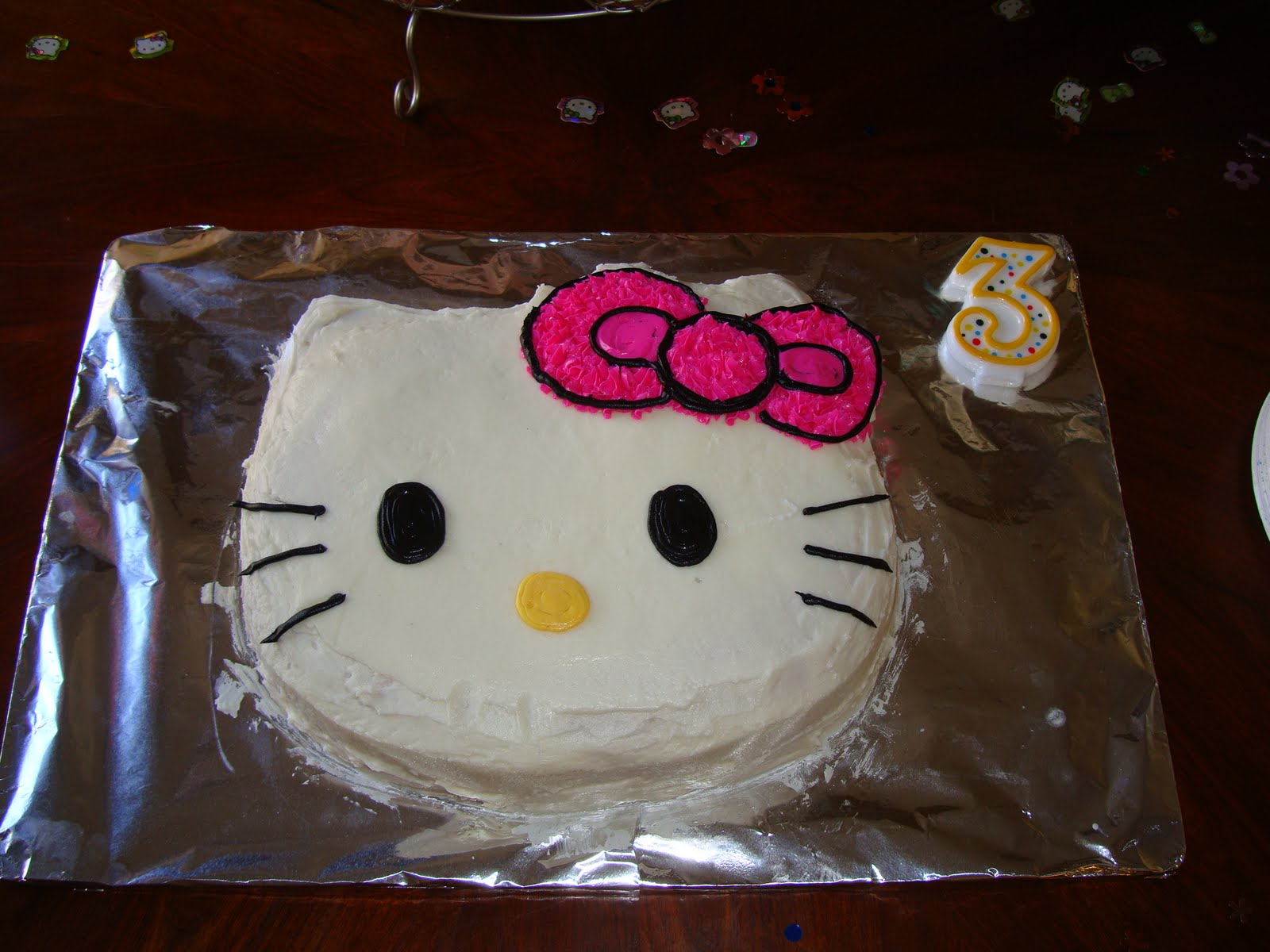 9 Hello Kitty Cupcakes And Cakes At Krogers Photo