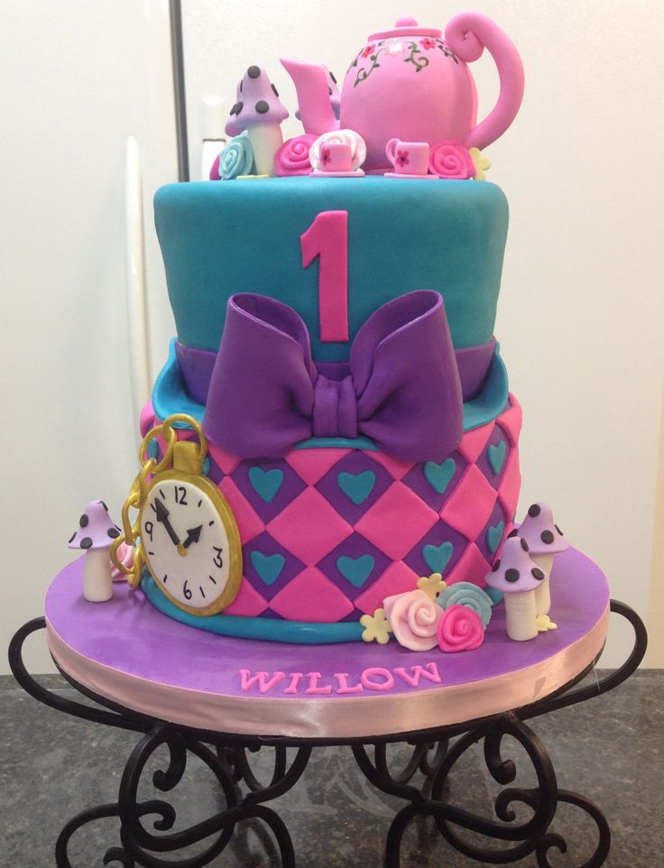 11 Mad Hatter Cakes With Teacup Top Photo Mad Hatter Tea Party