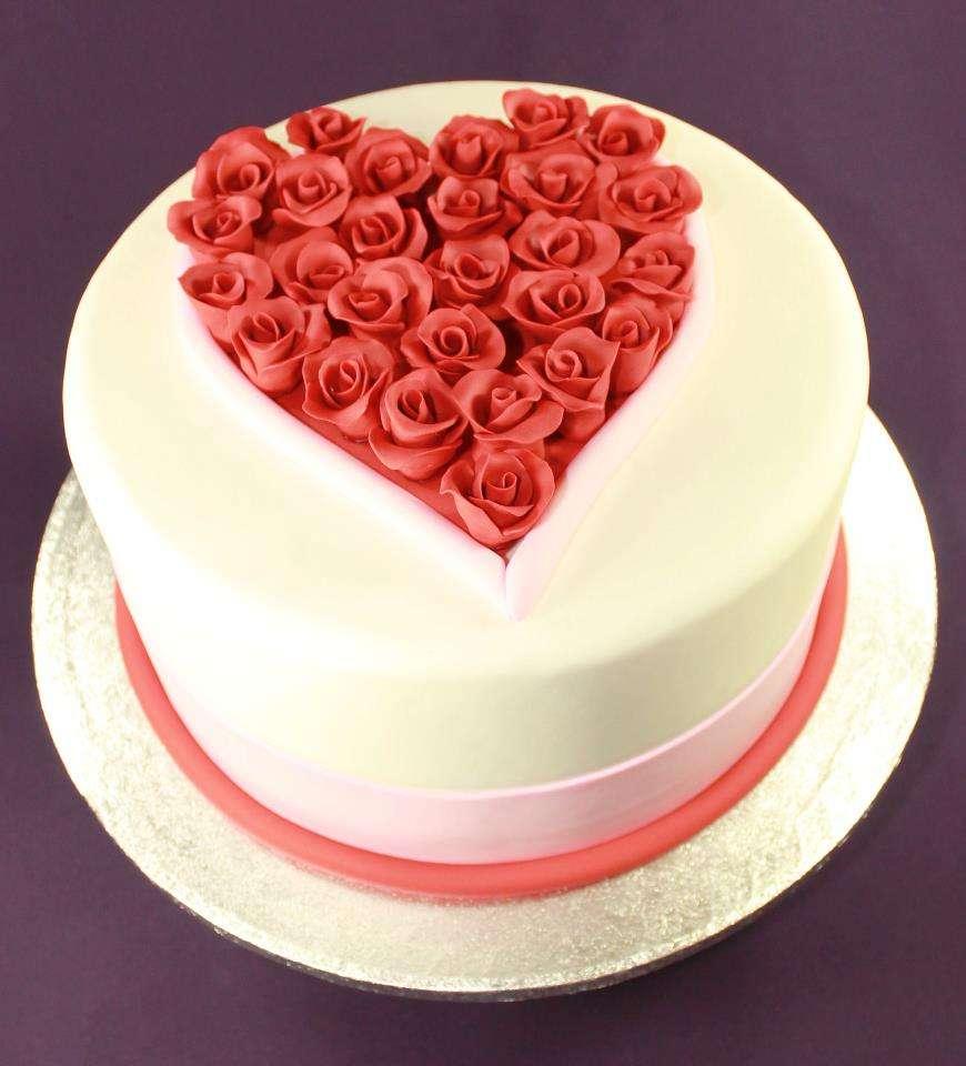 10 Valentine S Day Cakes Bakery Photo Valentine S Day Cupcakes