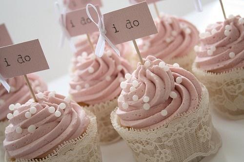 Wedding Cupcake Lace