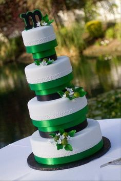 7 Green Emerald Wedding Anniversary Cakes Photo Emerald Green
