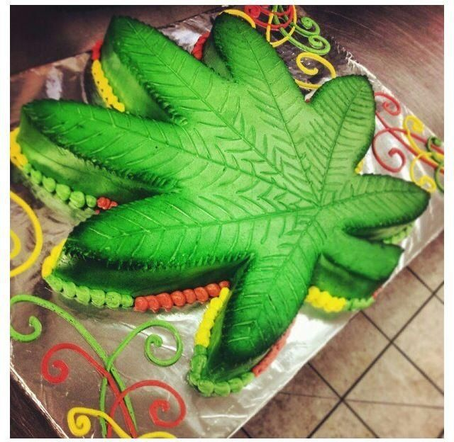 11 Awesome Weed Cakes Designs Photo Marijuana Weed Cake Happy