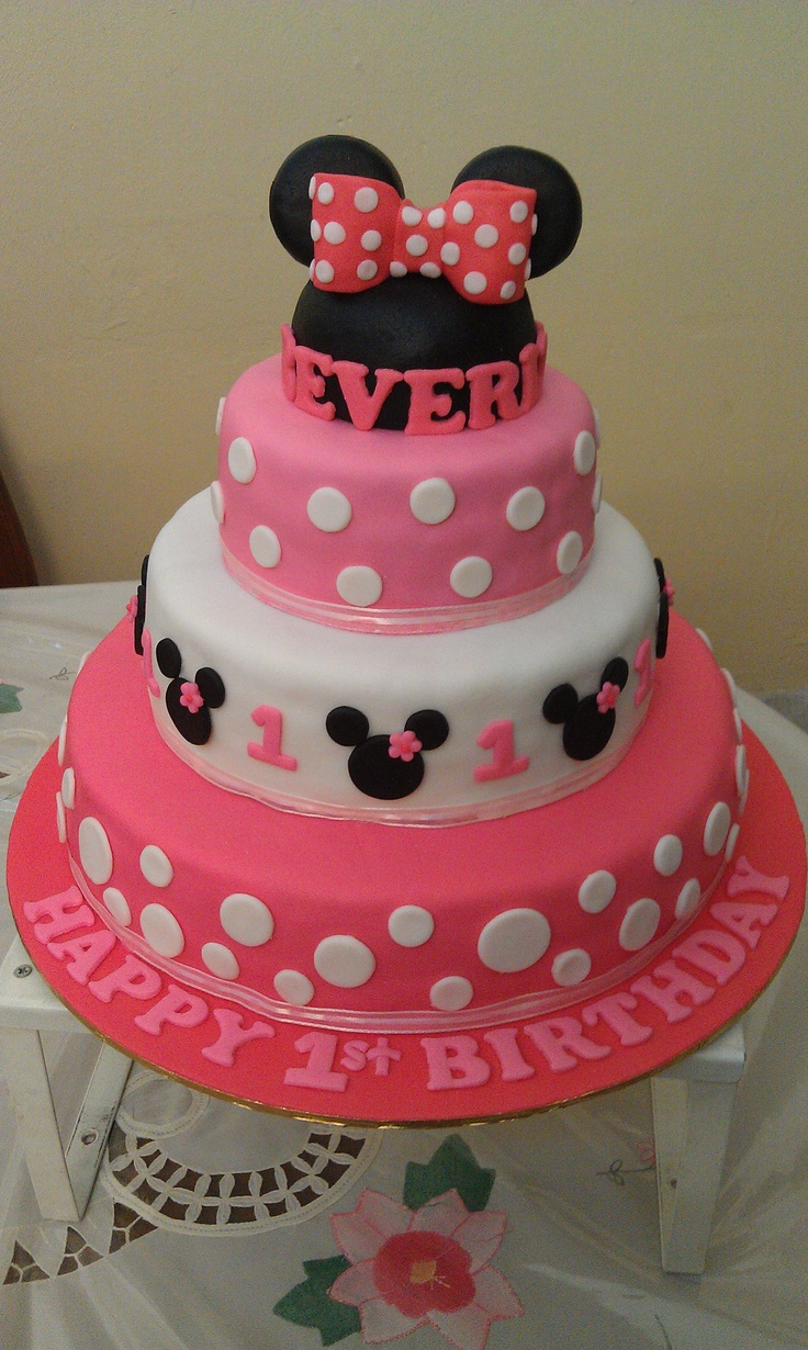 13 Minnie Mouse 3 Layer Cakes Photo Red Minnie Mouse Birthday Cake