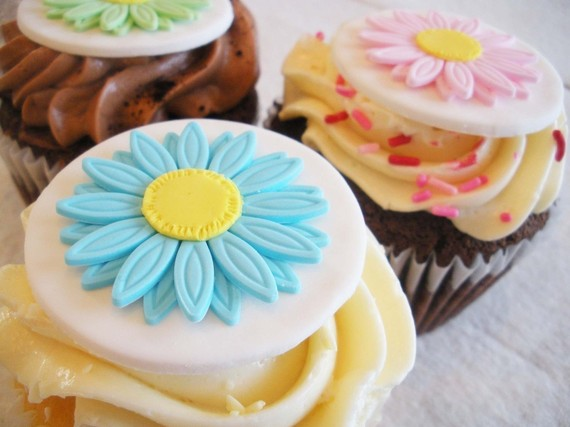 Mother's Day Cupcake Decorating Ideas