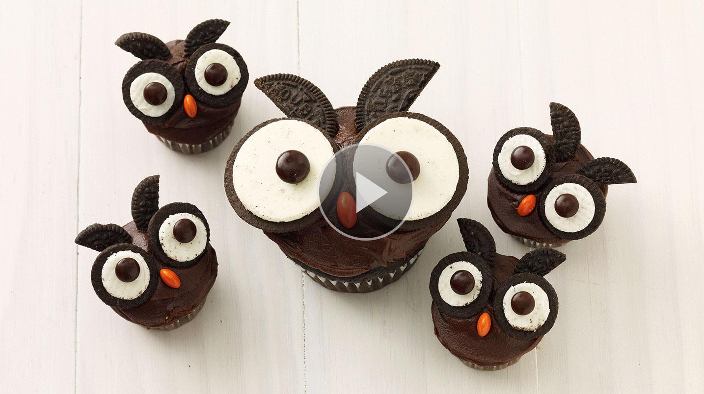 11 Chocolate Owl Cupcakes Oreos Photo Owl Cupcakes with Oreo Eyes