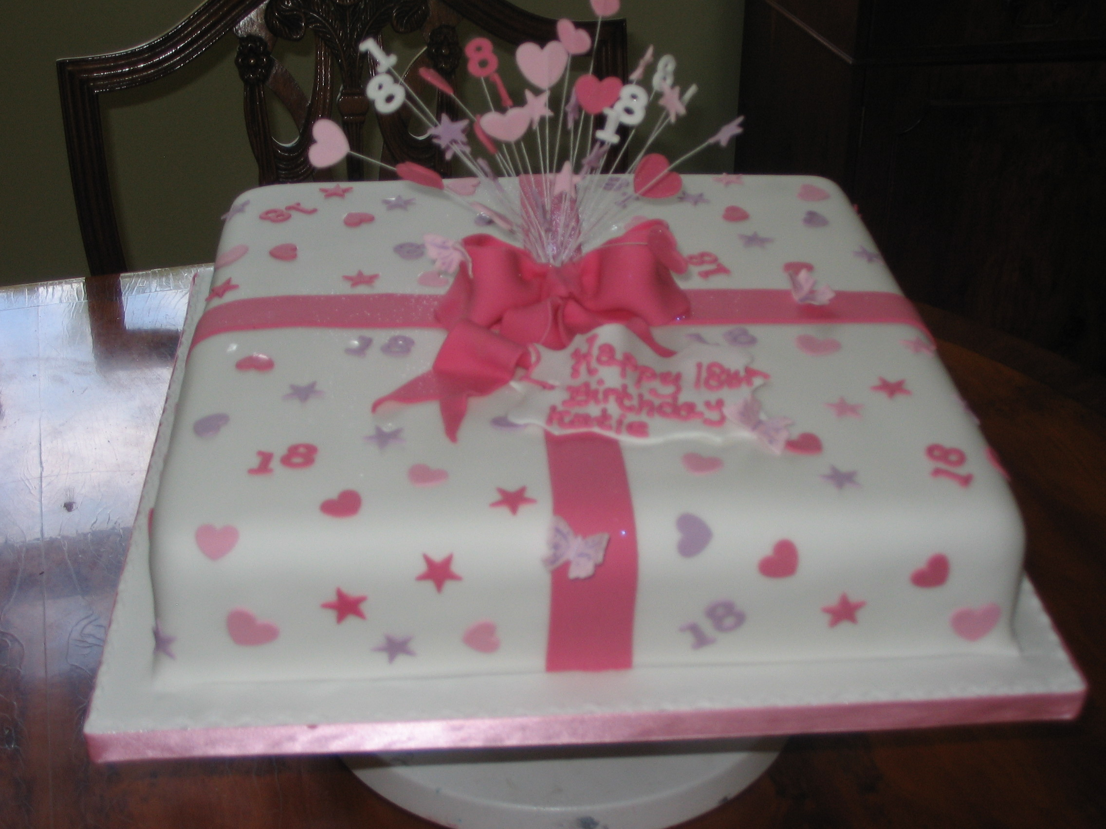 11 Ideas For 18th Birthday Cakes Pink Photo 18th Birthday Cake
