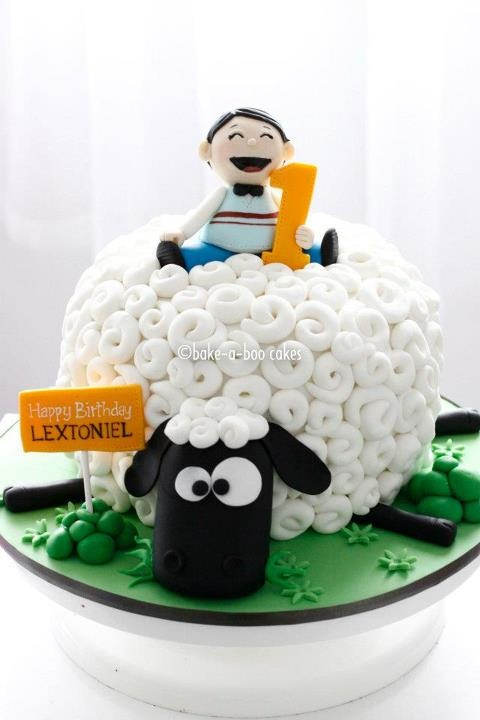 6 Sheep Birthday Cupcakes Photo Sheep Cupcake Birthday Cake Sheep