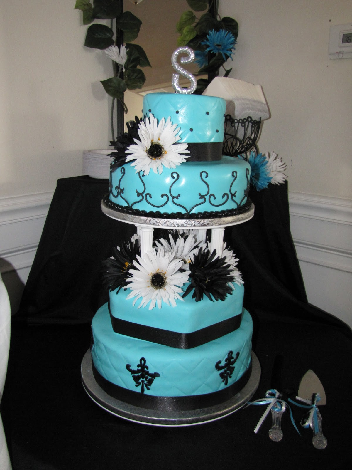 Lovely Ideas Of Purple And Teal Wedding Cakes Best Home Design