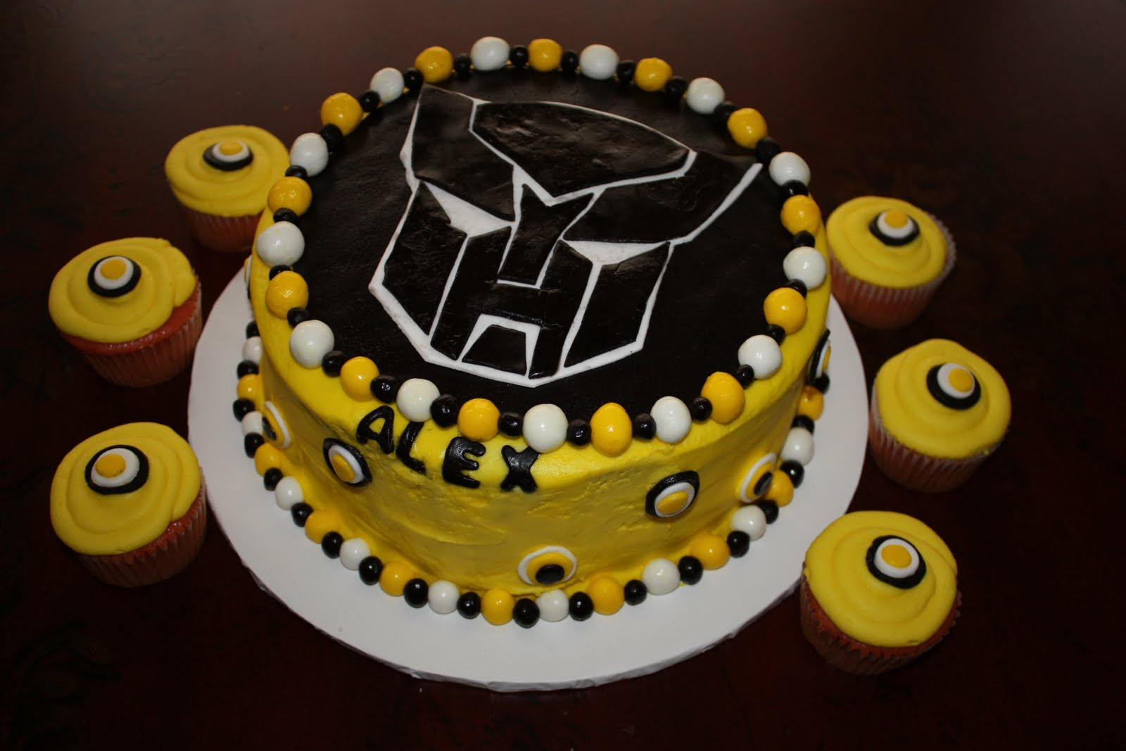 10 Transformers Bumblebee Cupcake Cakes Photo Bumblebee