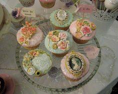 Victorian Vintage Cupcakes