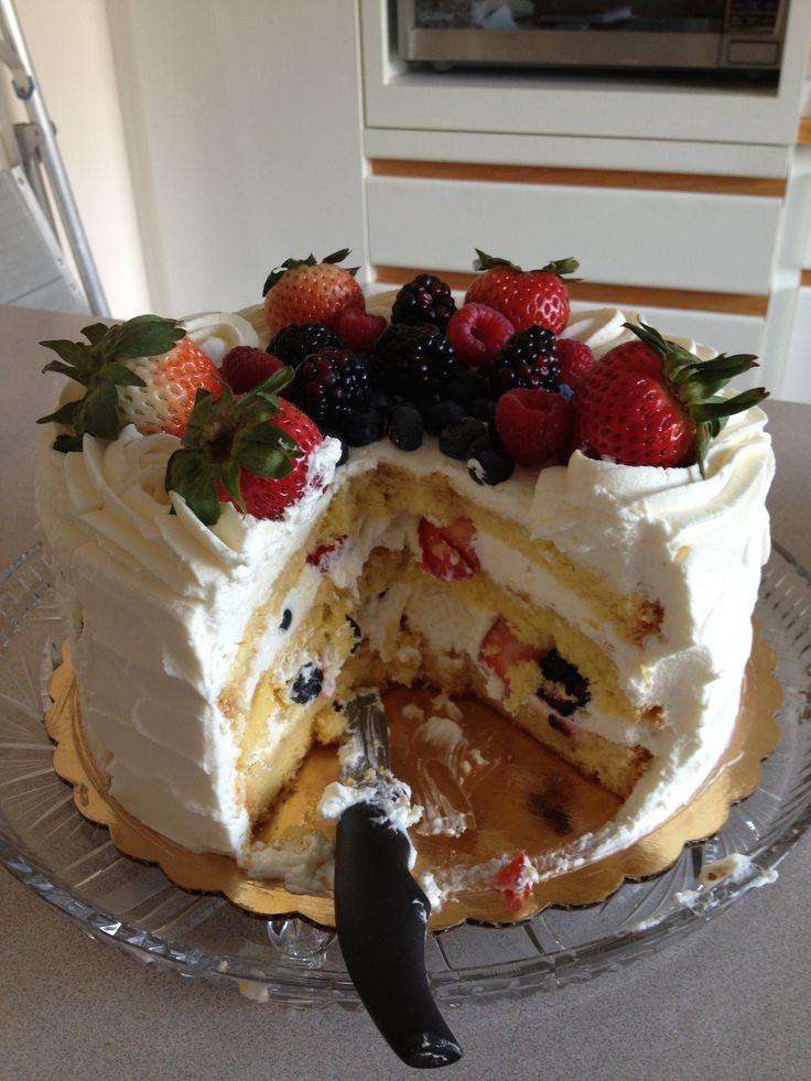 9 Whole Foods Cakes Photo Bakery Birthday Food