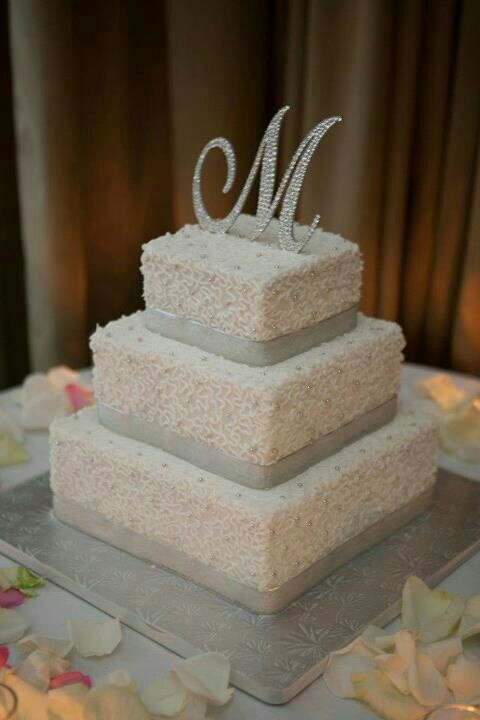 12 Square Buttercream Frosted Wedding Cakes Photo Square - Frosted Wedding Cakes
