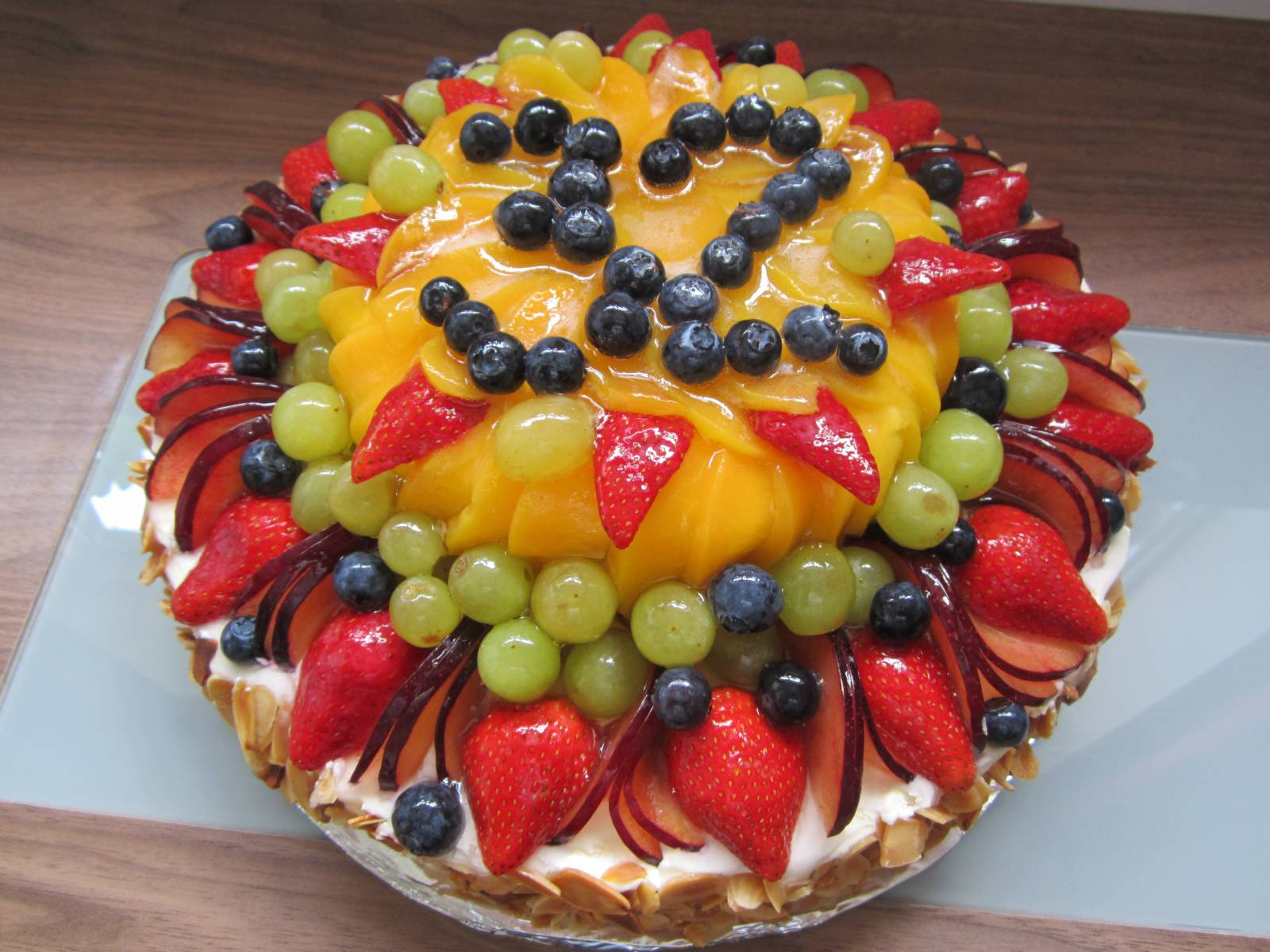 12 fruit decorated cakes simple photo decorating with - Fruit decoration ...