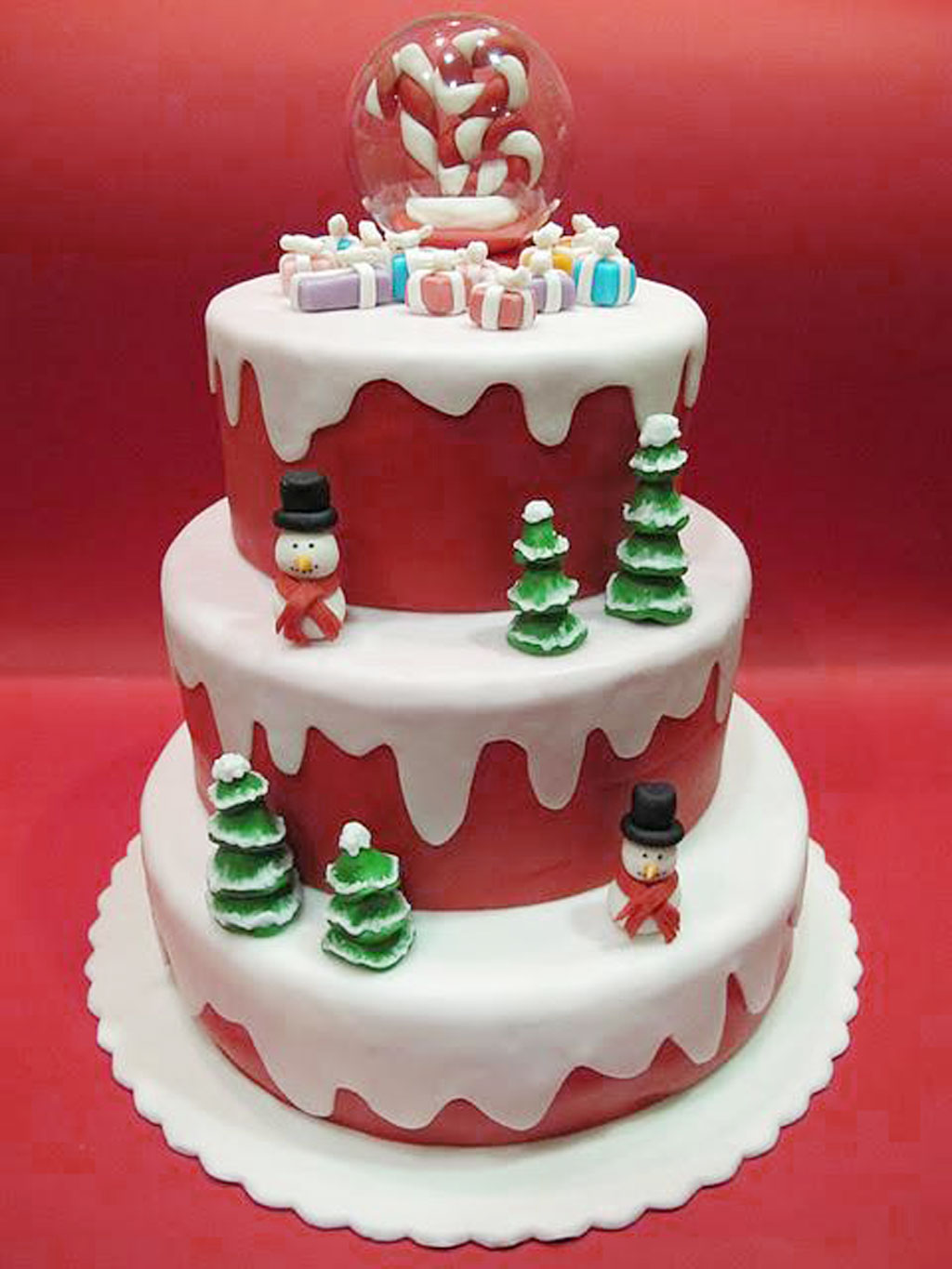 Surprising 8 Great For Christmas Birthday Cakes Photo Christmas Birthday Personalised Birthday Cards Veneteletsinfo