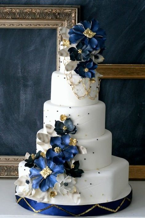 12 Navy Blue Pink Flowers Cakes Photo Navy And Pink Wedding Cake