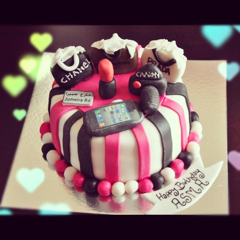 Excellent 8 Shoppers Bakery Cakes Photo Shopping Theme Birthday Cake Funny Birthday Cards Online Benoljebrpdamsfinfo