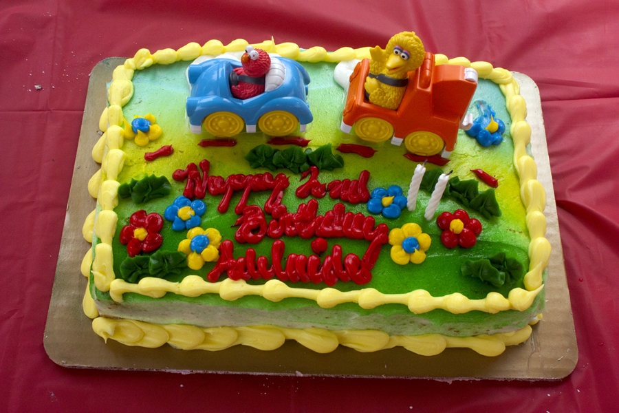 Pleasing 11 Bjs Cakes Themes Photo Minion Birthday Cake Bjs Birthday Birthday Cards Printable Opercafe Filternl