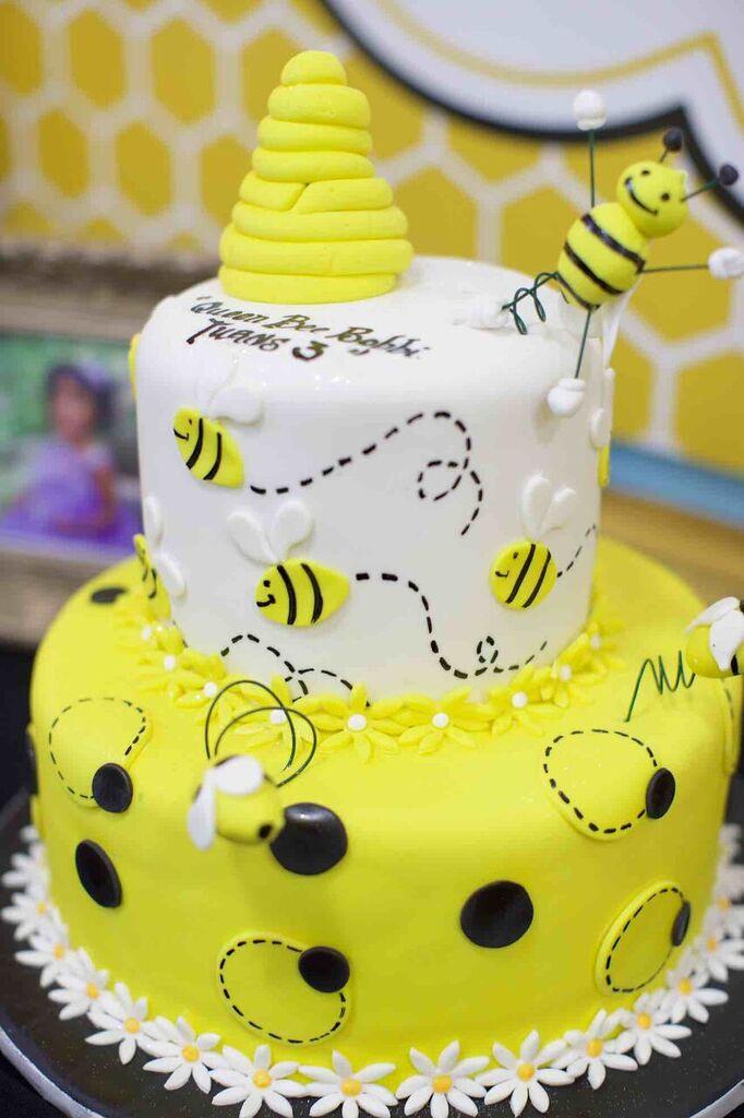 Super 10 Happy Birthday Queen Bee Cakes Photo Happy Birthday Queen Bee Personalised Birthday Cards Vishlily Jamesorg