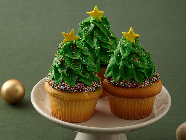 10 Christmas Cakes Cake Boss Photo Cake Boss Buddy Valastro Cake