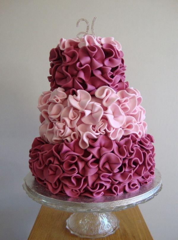 how to make ruffle wedding cake 12 ruffle cakes ideas photo ruffle cake purple ombre 15989