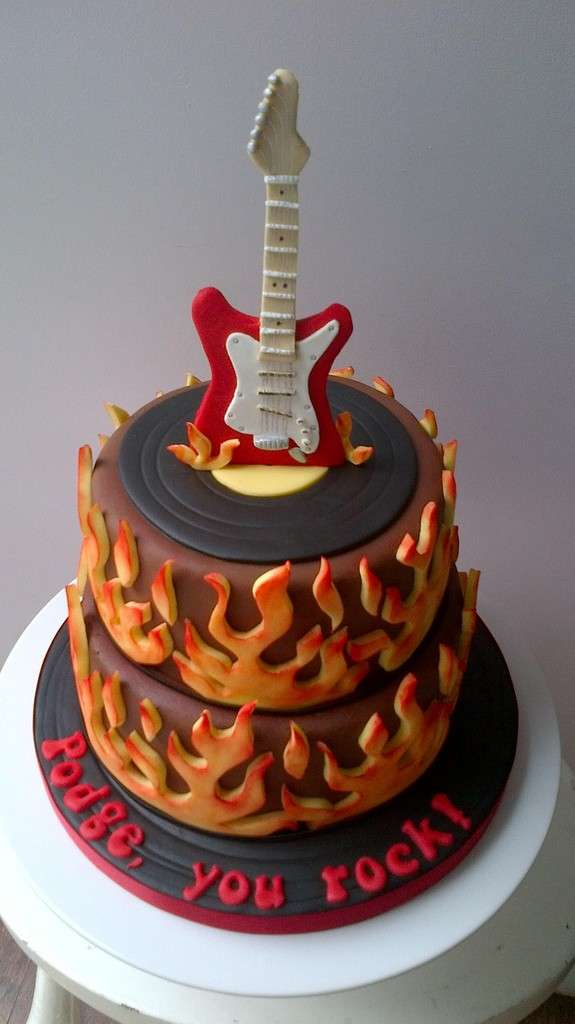 10 Professionally Made Birthday Cakes For Boys Guitar Black Photo
