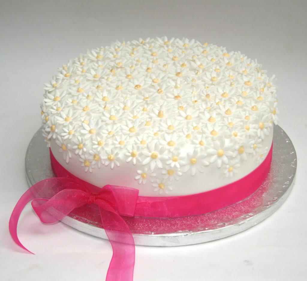 8 Quick Easy And Simple Birthday Cakes Photo Easy Kids Birthday