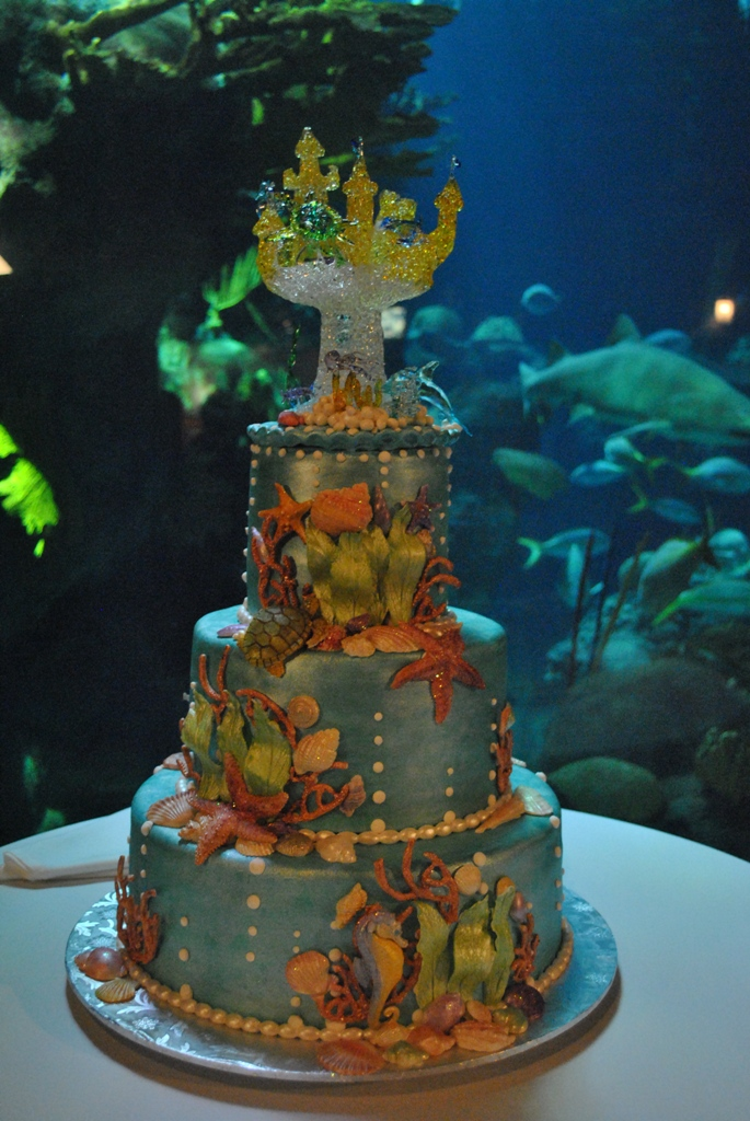 12 Ocean Fish Beach Wedding Cakes Photo Beach Themed Wedding Cake