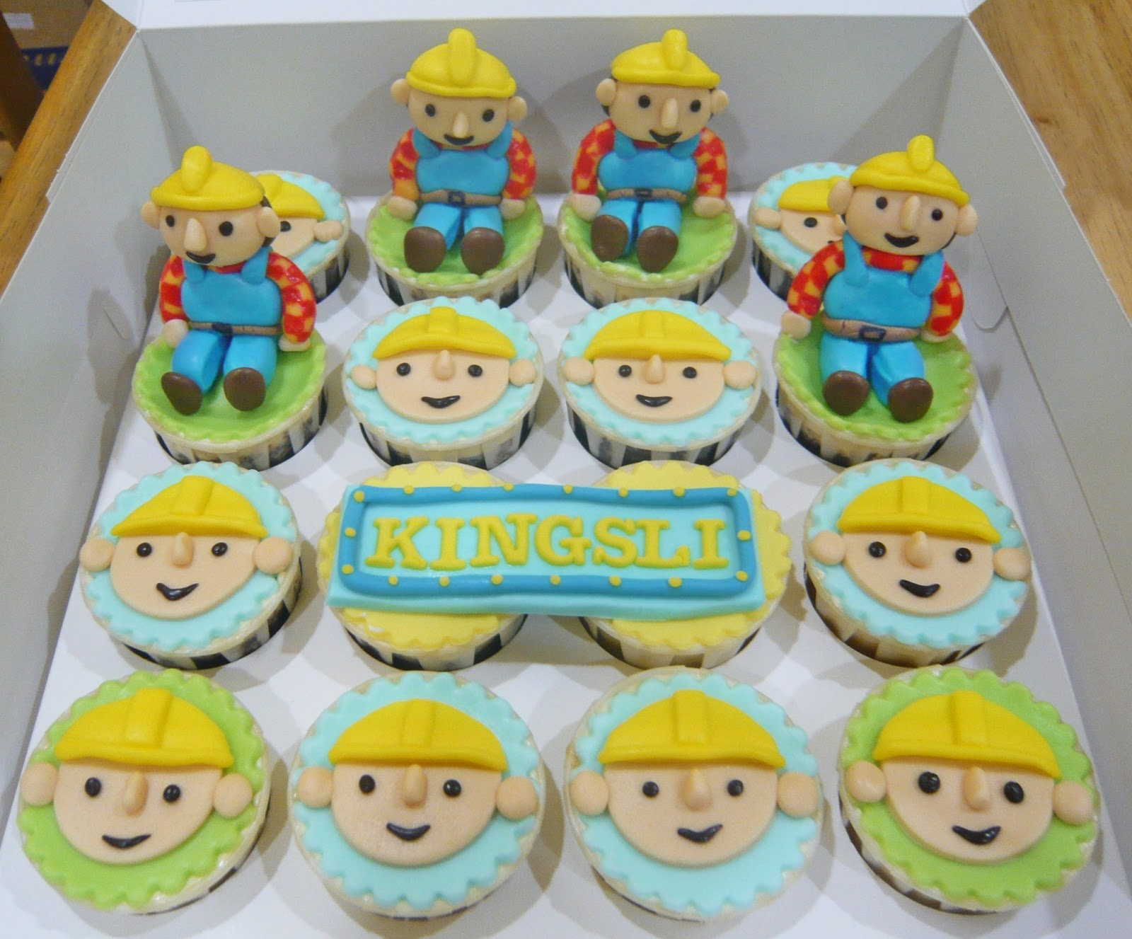 Excellent 5 Bob The Builder Cupcakes Photo Bob The Builder Birthday Funny Birthday Cards Online Elaedamsfinfo