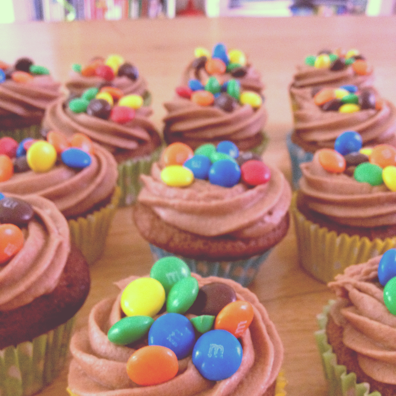 Fabulous 8 Easy Birthday Cupcakes Photo Birthday Cupcake Frosting Funny Birthday Cards Online Overcheapnameinfo