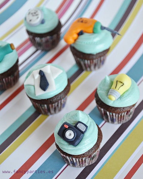 Father's Day Mini Cupcakes