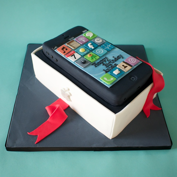 Pleasant 11 Iphone Birthday Cakes For Men Photo Iphone Birthday Cake Funny Birthday Cards Online Aeocydamsfinfo