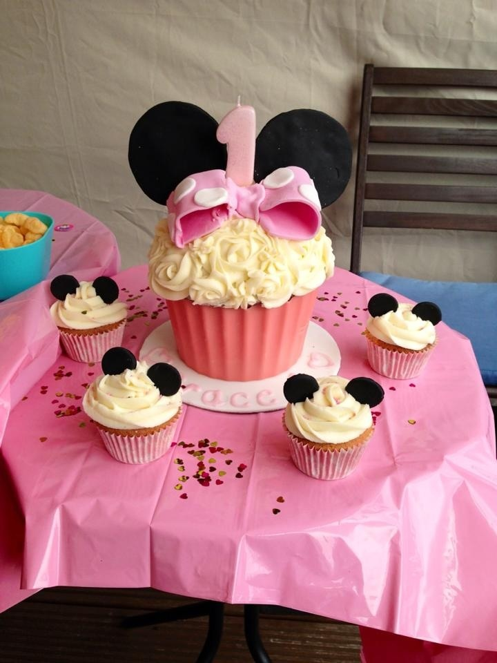 Pleasing 11 Giant First Birthday Girl Cupcakes Photo Minnie Mouse Cupcake Funny Birthday Cards Online Inifofree Goldxyz